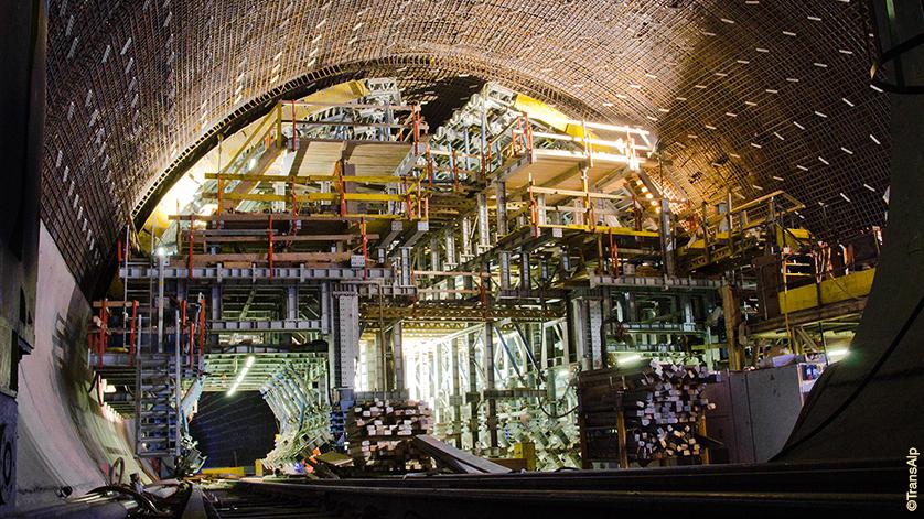 Tunnelboring (Foto AlpTransit)